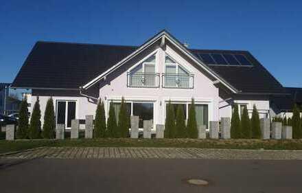Zweifamilienhaus in Langenau / Alb-Donau-Kreis von privat zu verkaufen.