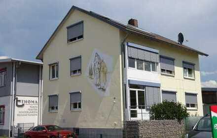 +++ Freistehendes Zweifamilienhaus in sonniger Stadtlage +++