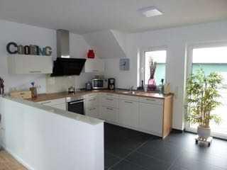 Erstbezug mit Einbauküche und Balkon: schöne 2-Zimmer-Wohnung in Jüchen