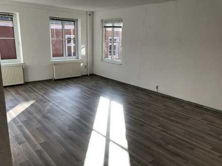 Schöne Wohnung im Zentrum von Weener (4 ZKB)