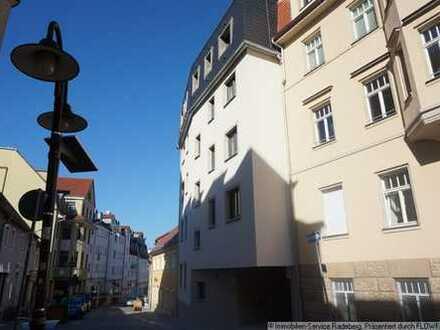 Traumhaftes Dachgeschoss-Penthouse auf eigener Etage mit Aufzug und Kamin