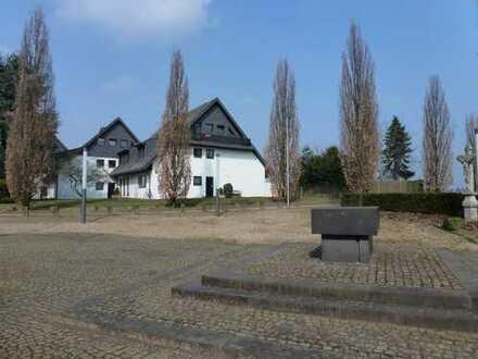 Attraktive 3-Zimmer-Wohnung mit Balkon in Neuss (Rhein-Kreis)