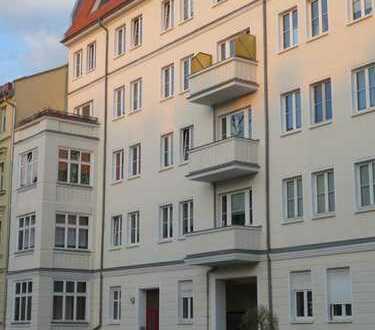 sanierter Altbau in Friedrichshainer Kiezlage am Boxhagener Platz / Im Alleinauftrag