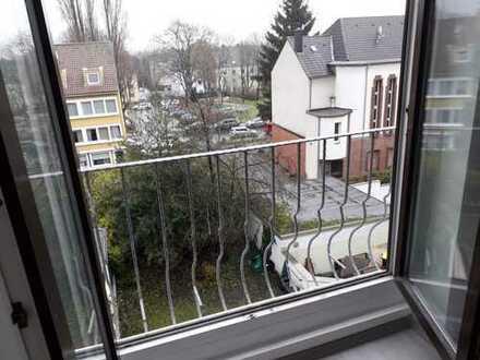 Sofort frei! Kernsanierte und modern aufgeteilte 3-Zimmer-Wohnung in Citylage von Essen-Borbeck