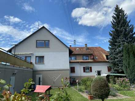 Zwei Wohngebäude inkl. Lager und großem Garten zum Kauf in Haueneberstein, Baden-Baden