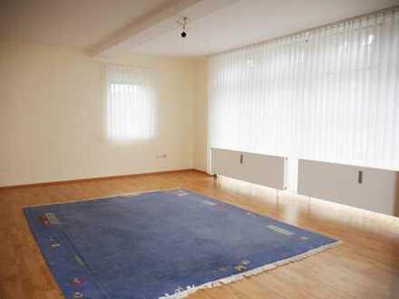 Geräumige Wohnung in zentraler Lage von Battenberg -PROVISIONSFREI!