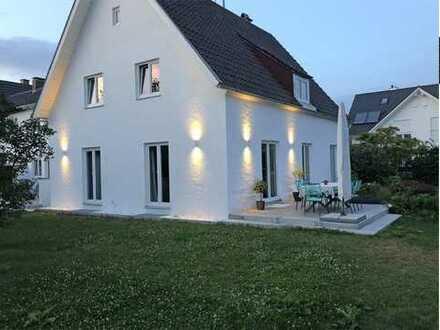 Exklusives, hochwertig ausgestattetes Einfamilienhaus mit Einliegerwohnung im Weilheimer Süden