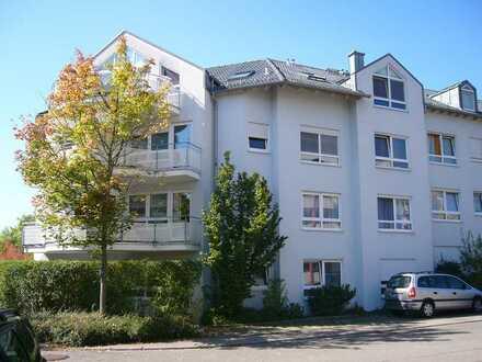 Gepflegte 2-Zimmer-Erdgeschosswohnung mit Terrasse und EBK in Weil der Stadt