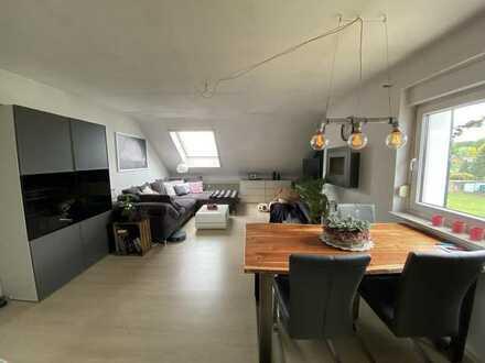 Attraktive 3 Zimmer DG-Wohnung in Top - Lage (Rotbach / Wohnungswald) von DIN-Eppinghofen !