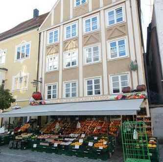 Fußgängerzone in Kempten - Mehrfamilienhaus mit Gewerbe