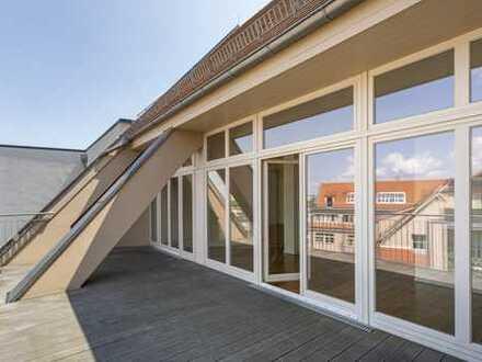 Ab sofort: große Terrasse | Bad mit Wanne & Dusche | Einbauküche | Klimaanlage