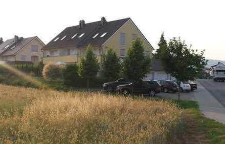 Rheiheneckhaus mit Garten und einem wunderschönen Ausblick
