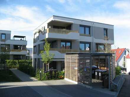 Exklusive, behindertengerechte 4-Zimmer-Penthouse-Wohnung mit Balkon und Einbauküche in Backnang