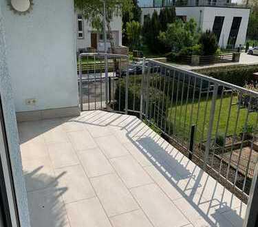 Vollständig renovierte 3-Zimmer-Wohnung mit Balkon und EBK in Bad Sobernheim