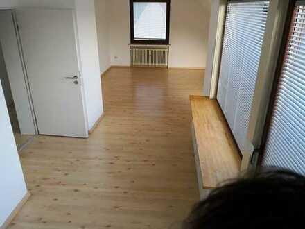Schöne helle 2 Zimmer mit Stellplatz in Horn Lehe, Universität