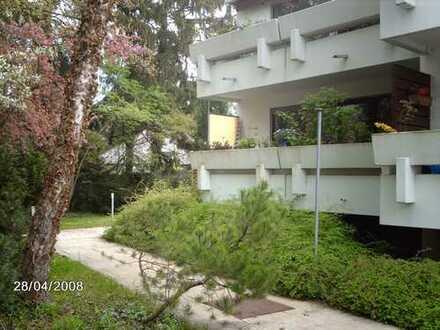 Zentral, ruhig und Blick ins Grüne - Dreizimmerwohung im idyllischen Thalkirchen