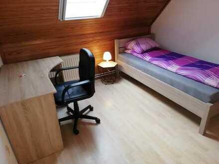 3x Möbliert WG Zimmer in Rodenkirchen (Stadland) zu vermieten