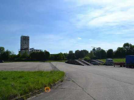 befestigte Freifläche in verkehrsgünstiger Lage zu vermieten (0,50€/qm), teilbar ab 400 m²