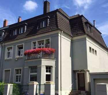Schöne, geräumige drei Zimmer Wohnung in Köln, Lindenthal