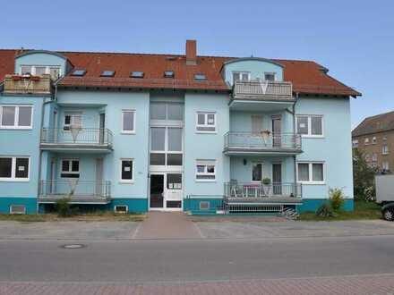 1-Zimmer-DG Wohnung mit Balkon