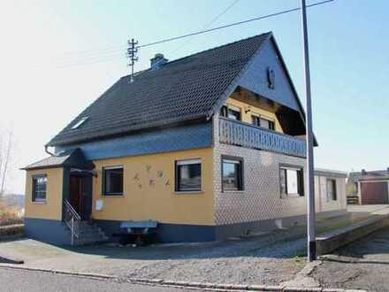 Gepflegtes Einfamilienhaus in idyllischer Nachbarschaft!