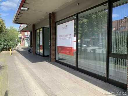 Ladenlokal mit viel Außenfläche in Hamburg-Bramfeld!
