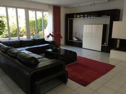 2.200 €, 184 m², 7 Zimmer