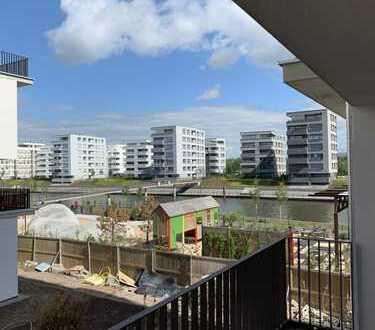 Marina Gardens - Erstbezug einer hochwertigen 2-Zimmer Wohnung mit Wasserblick
