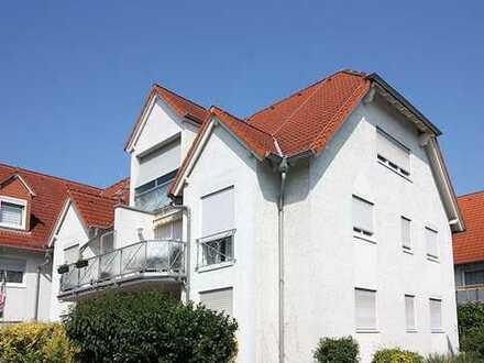 Großzügige 3 Zimmer-Dachgeschosswohnung in ruhiger Lage