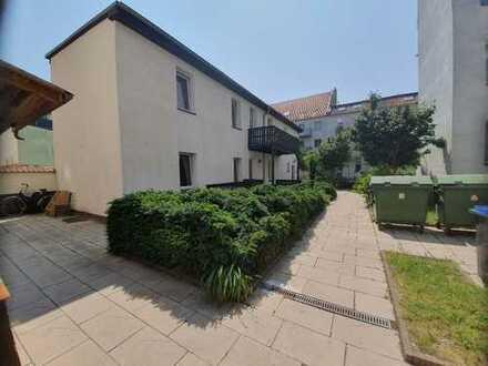 Stadthaus im Grünen 5 Zimmer 2 Bäder Parkett neu renoviert