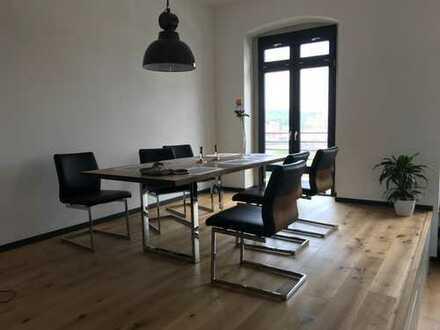 1.200 €, 112 m², 2 Zimmer