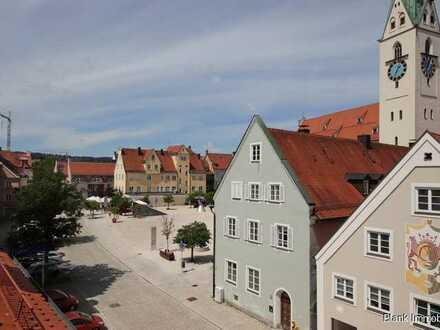 Reihenhaus mit anliegendem Wohn- und Geschäftshaus in der Altstadt von Kempten