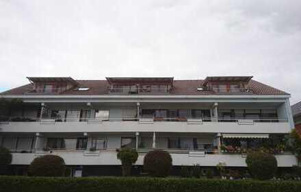 Helle 2-Zimmer-Wohnung mit Südbalkon und Teilseesicht in Seenähe