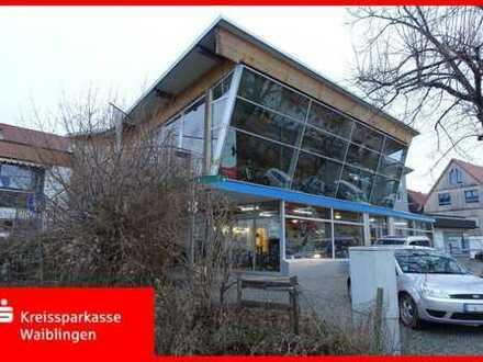 Wohnhaus mit Werkstatt und Verkauf
