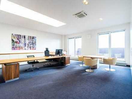Repräsentatives Büro in der obersten Etage! Stylisch möbliert!