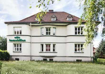 Stilvolle Büro-/Praxisräume in historischer Villa in zentrumsnaher Lage v. Sonneberg