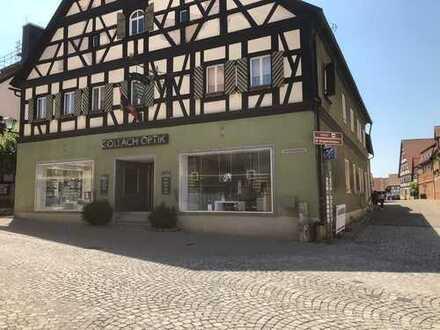**Provisionsfrei: Fachwerkhaus mit 1.000qm Nutzfläche (Miet- und Gewerbeflächen), Stadtmitte