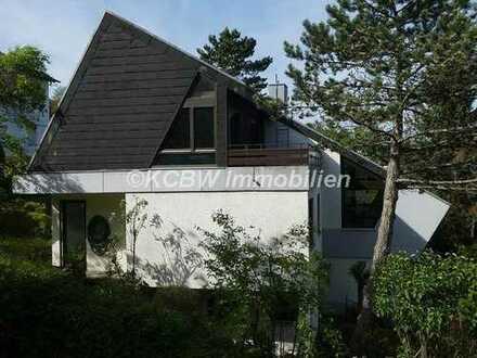 Großzügiges Einfamilienhaus mit ELW auf großem Grundstück