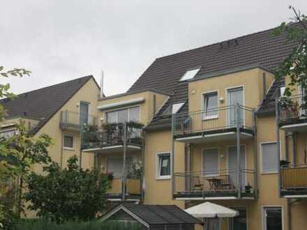 Gepflegte 3,5-Zimmer-Maisonette-Wohnung mit Balkon und Einbauküche in Münster