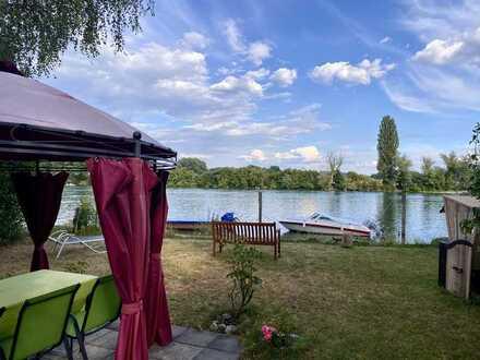 Bed & Breakfast-Leben und arbeiten im kleinen Paradies mit Rheinufergrundstück in Büsingen.