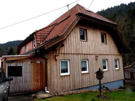 Schöne 1-Zimmer-Wohnung im 1. OG mit Einbauküche in ruhiger Lage in Alpirsbach