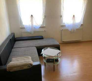 Gepflegte 2-Zimmer-Wohnung mit EBK in Roschbach