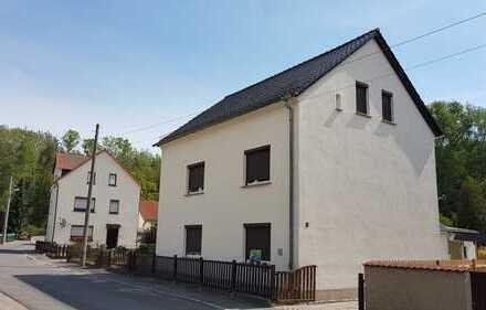 Großes Einfamilienhaus mit Einliegerwohnung in ruhiger Anliegerstraße in Borna OT Zedtlitz