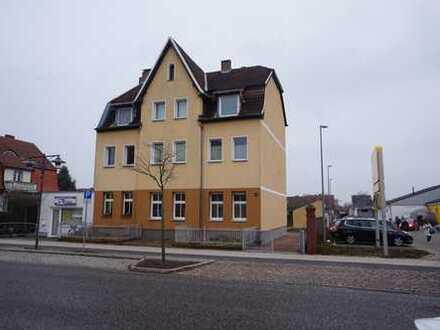 Schöne & helle 2-Zimmer-Wohnung mit Wannenbad in Fürstenwalde