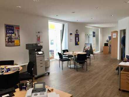 Helle, moderne Bürofläche im Zentrum Bad Dürkheims - auch für Laden, Praxis, Gastronomie geeignet