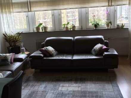 Stadtnah wohnen in Zabo ! Großzügige 3,5-Zimmer-Dachgeschoss-Wohnung sucht nette Mieter