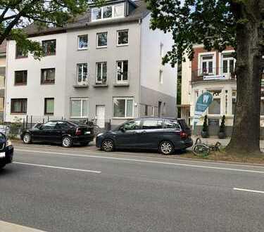 Mehrfamilienhaus mit zusätzlichem Einfamilienhaus in beliebter Lage von Ohlsdorf