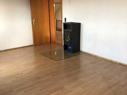 2 Zimmer-Altbau-Dachgeschoßwohnung in Seeg/Ostallgäu