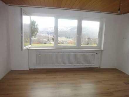 Schöne, sonnige zwei Zimmer Wohnung in Zollernalbkreis, Albstadt