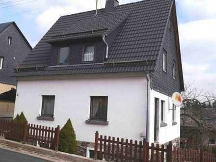 Freistehendes Einfamilienhaus mit Garten im schönen Nordhalben - HANDWERKER EIN PLUS